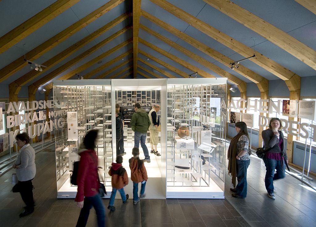 1_rundgang_durch_das_museum