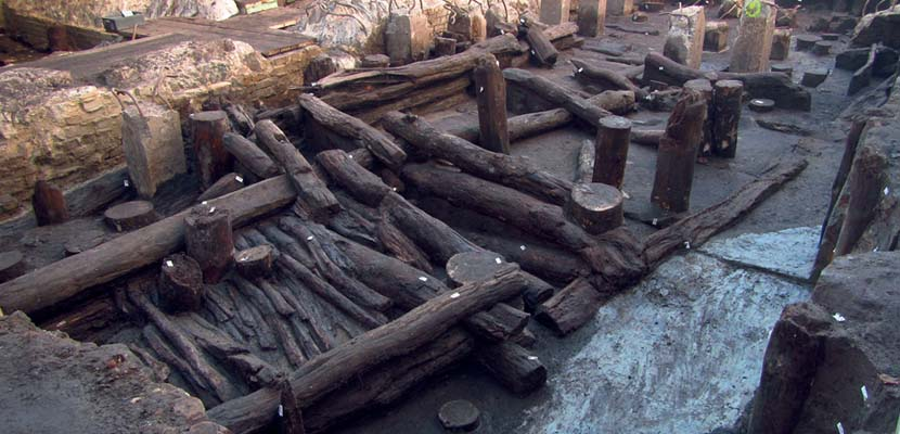 From wooden castles and stone towers – archaeological discoveries in Hamburg