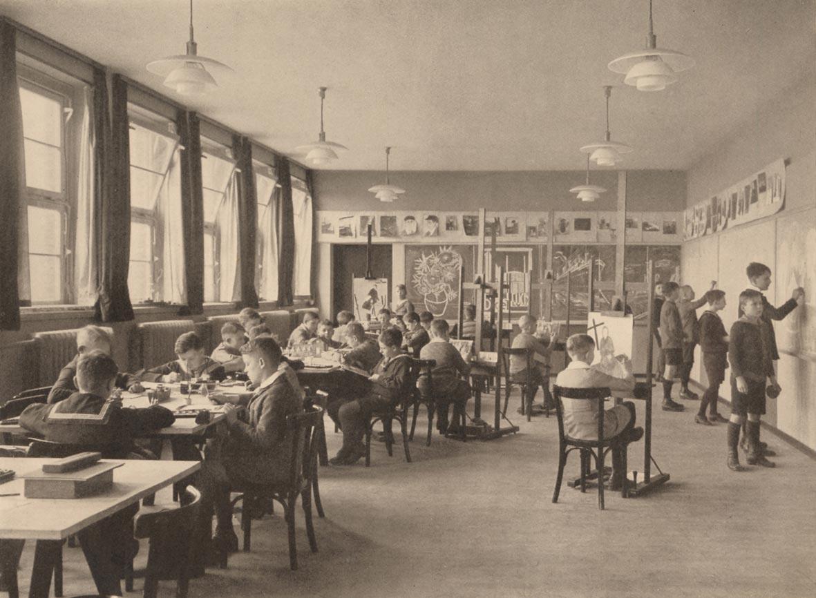 Zeichensaal im Jahr 1930 aus der Ausstellung Friedrich Ebert Gymnasium
